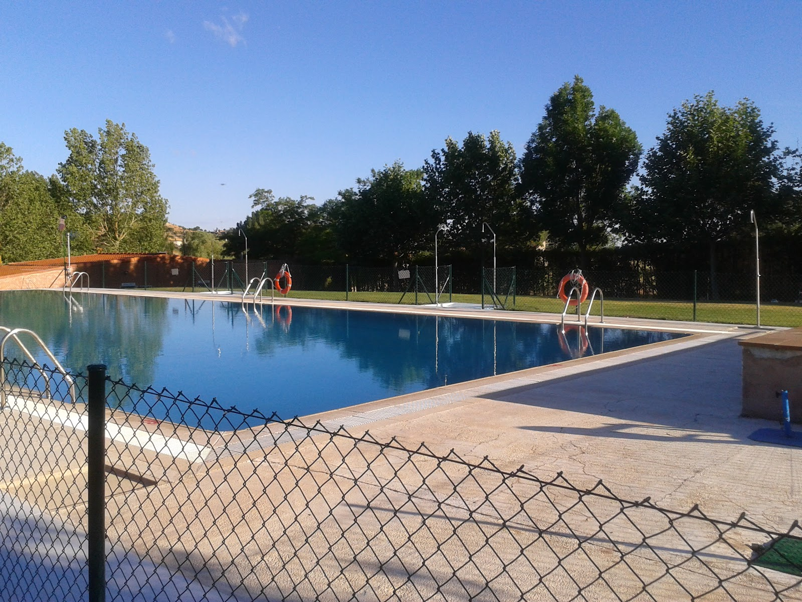 El sotiblog piscinas municipales for Piscina la almudena