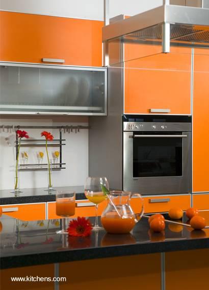 Mobiliario de cocina con color de tendencia 2012