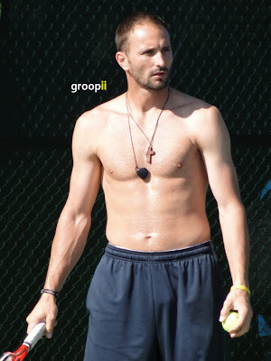 Dusan Vemic Shirtless at Cincinnati Open 2011