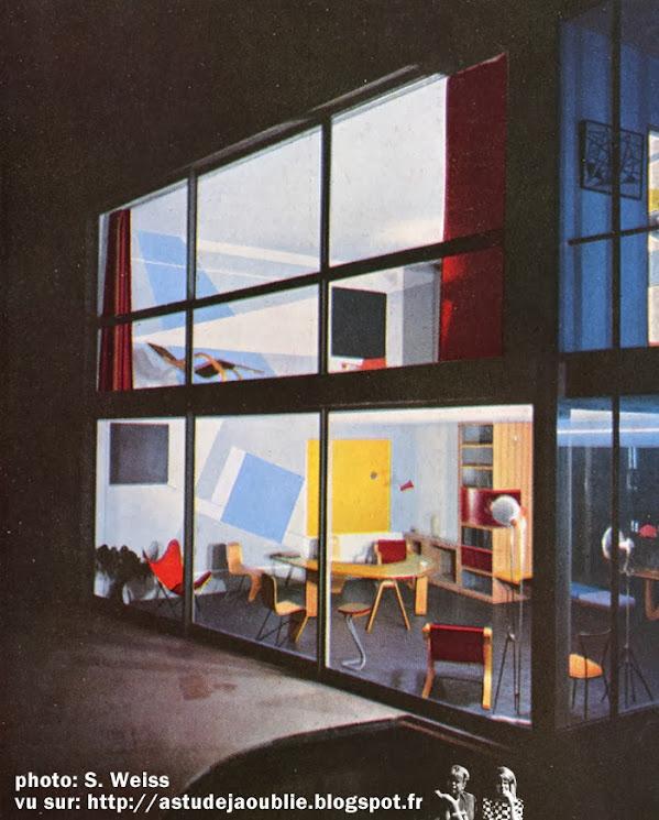 Meudon Bellevue - Maison / Atelier d'André Bloc  Conception et plastique: André Bloc  Etude de plan: Margaret Tallet A.R.I.B.A.  Etude technique: Walter Munz  Execution: René Montaut D.P.L.G.  Construction:  1949 - 1952  Sculptures: André Bloc  Peinture: Antoine Fasani