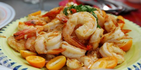 Grilled Prawns with Tomatoes and Paprika Glaze