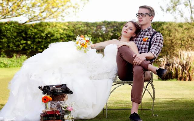 Chica con Vestido de Novia Blanco