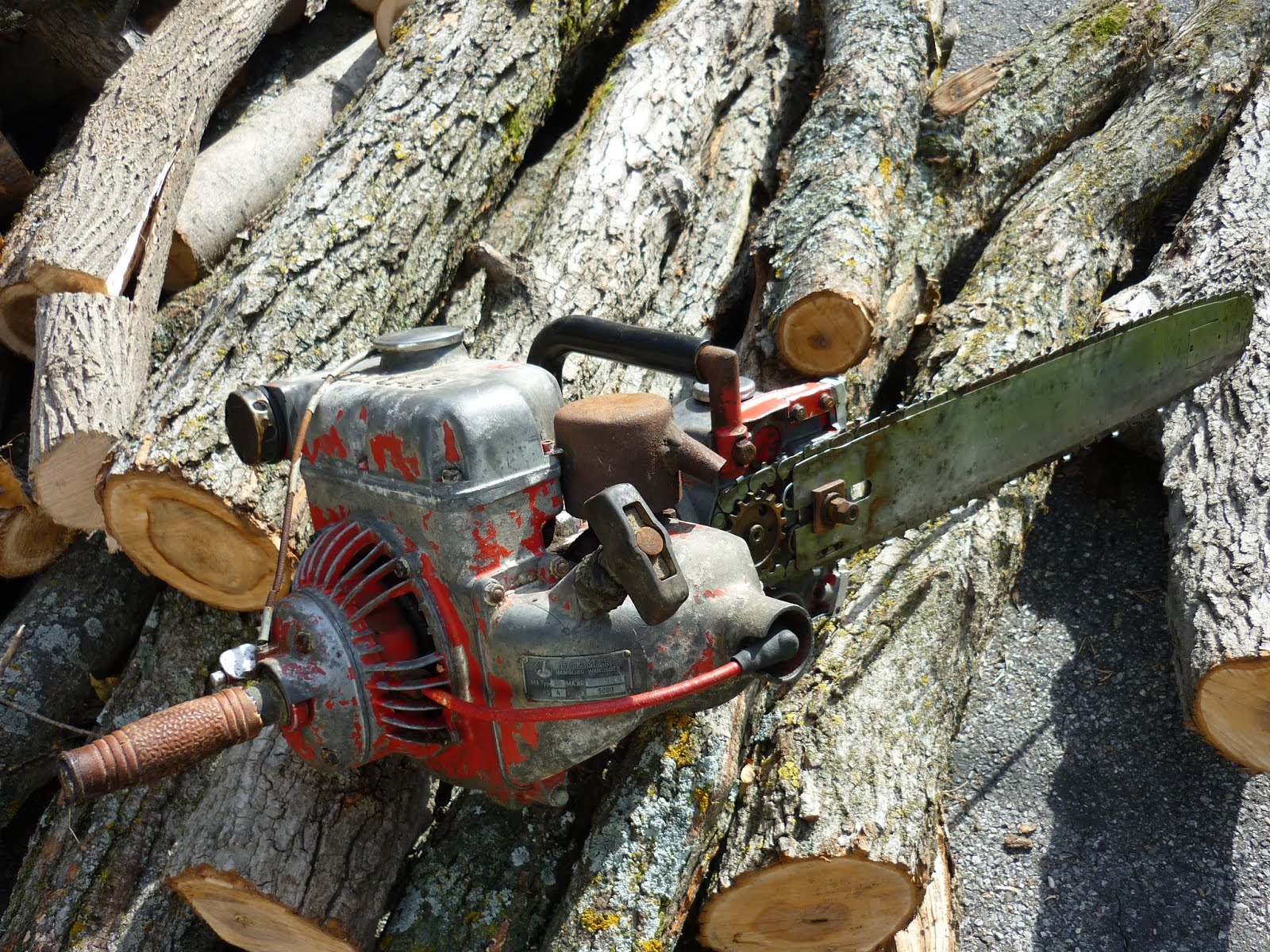 vintage chainsaw history