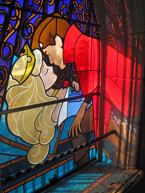 Sleeping Beauty stained glass filmprincesses.blogspot.com