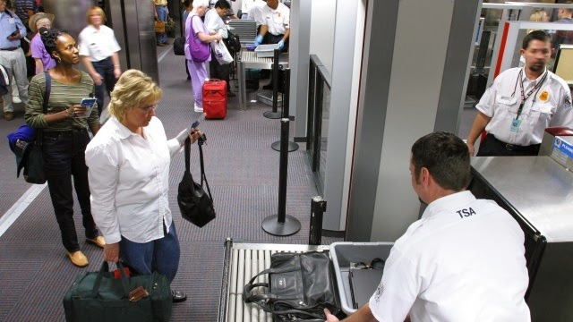 keeping luggage airline