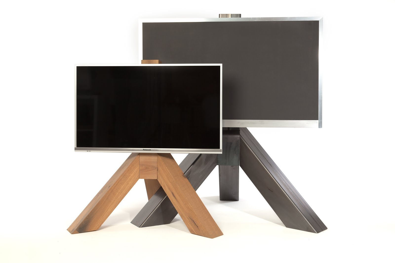 ...van de maker van al die prachtige laddertjes: bArb your TV! Plaats je TV op een voetstuk.