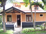 RESORT MURAH PUNCAK VILLA ARIES ORANGE