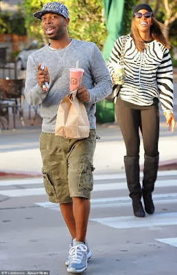 kelly_rowland_destinys_child_tim_weatherspoon_manager_celebrities_dating_the_help_employees_celebrity_couples_hollywood_set to marry (1)