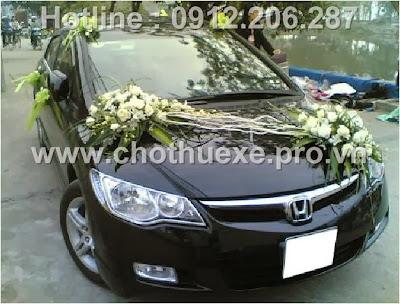 Mẫu hoa xe cưới giá 1,1triệu XH 072