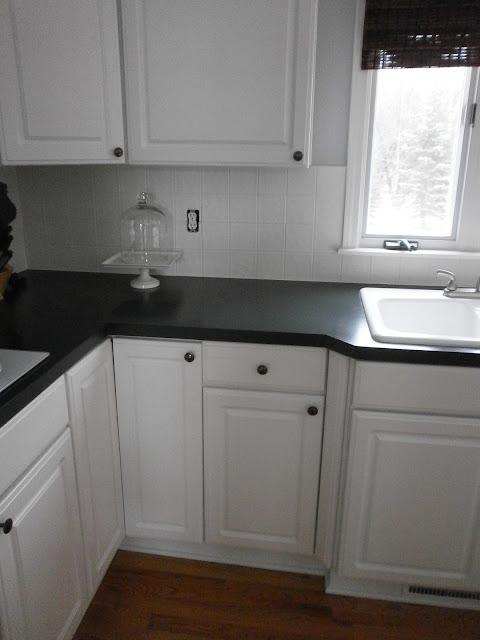 Diy painting a ceramic tile backsplash for Can you paint glass tile