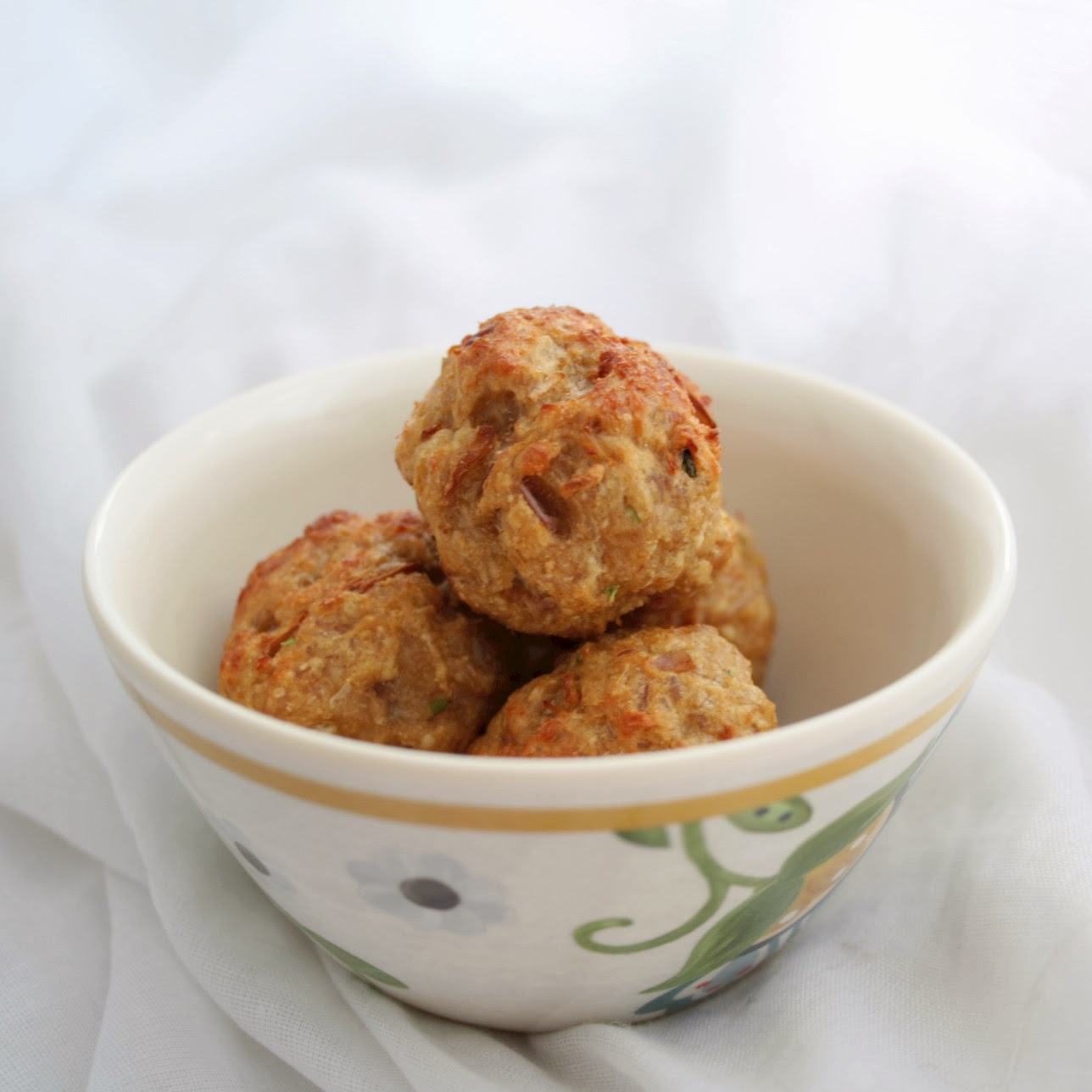 Mexican inspired turkey meatballs - these low fat balls are made with coriander,cumin,chilli and then baked.