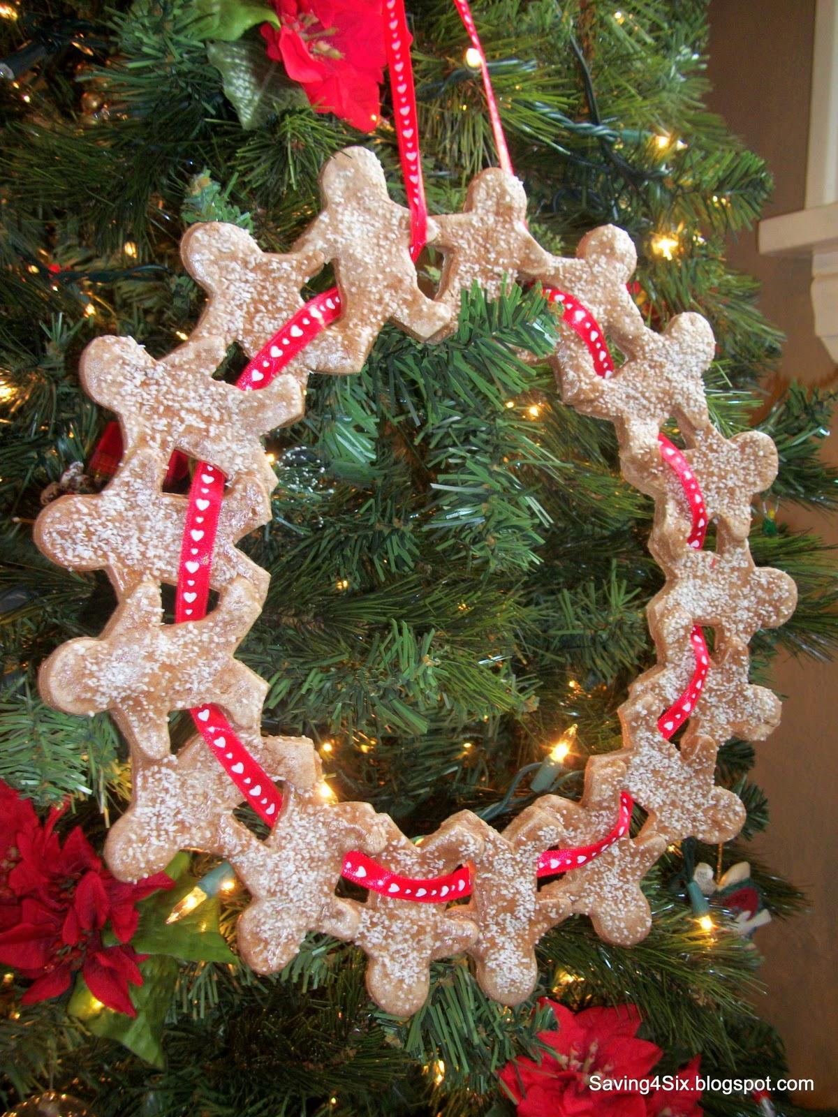 How To Make Sour Dough Christmas Decorations : Salt dough wreath