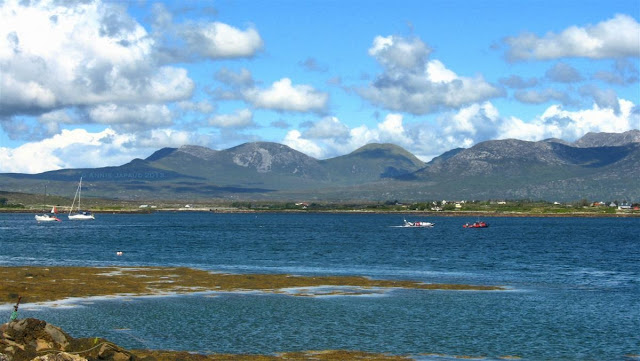 mountains, boats, ocean, Roundstone © Annie Japaud Photography