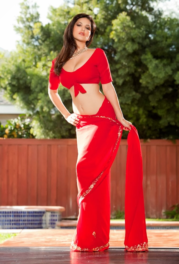 Sunny Leone Hot Saree Images