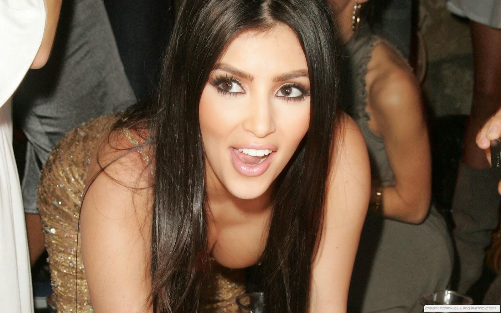 foto Artis Hollywood Kim Kardashian