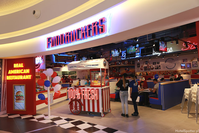Amerykanska restauracja Fuddruckers Warszawa