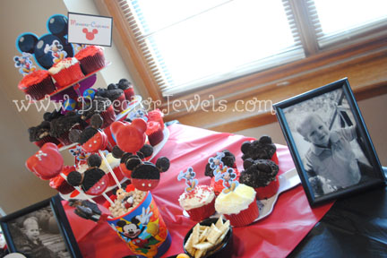 Mickey Mouse Clubhouse Party Food Ideas I Had Big Dreams Of Making A Cake Like This One That Found On Pinterest But Finally Came To The Realization