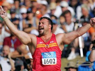 ATLETISMO-El bronce de Atenas en lanzamiento de peso tiene relevo: Manolo Martínez