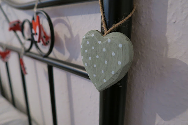 Sass and Belle mint green heart decoration