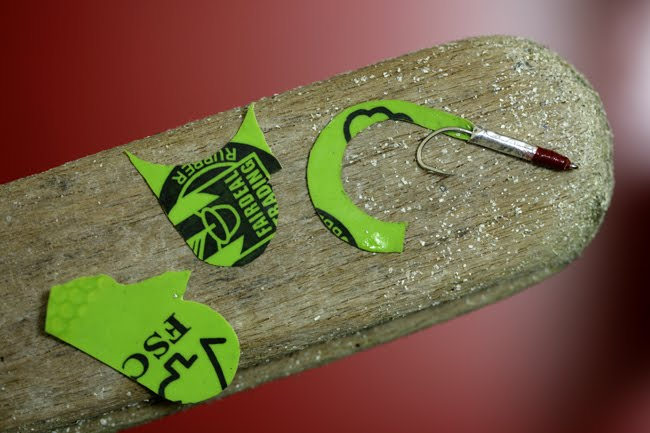 How to make fly fishing lures for Homemade fish bait