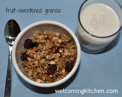 Vegan, Gluten-free, Sugar-free Granola with Coconut Oil