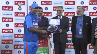 MS-Dhoni-4th-ODI-INDIA-v-ENGLAND-Mohali