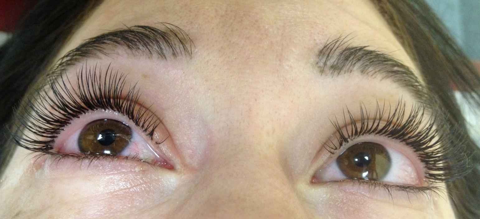 how to put makeup on with eyelash extensions