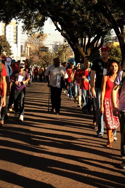 muleta.marcha.michele.torinelli Jornada de Agroecologia nas ruas de Londrina