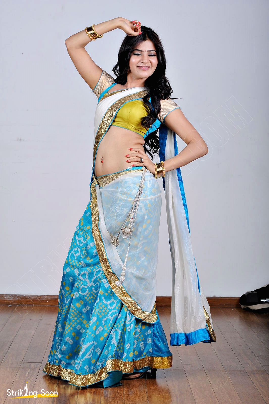 Samantha Hot Navel Show Photos Hd Images Strikingsoon Com