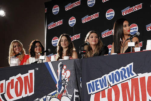 PLL Cast Lucy Hale, Ashley Benson, Troian Bellisario, Shay Mitchell and Sasha Pieterse talk at New York Comic Con