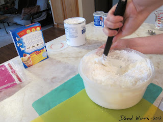 mixing fondant, marshmallows, powdered sugar, how to make