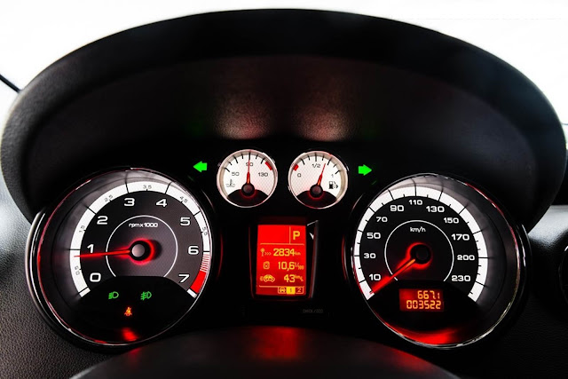 Novo Peugeot 308 2016 - painel