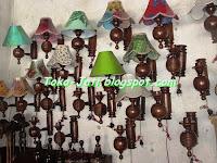 http://toko-jati.blogspot.com/2013/02/lampu-dinding-minimalis-murah.html