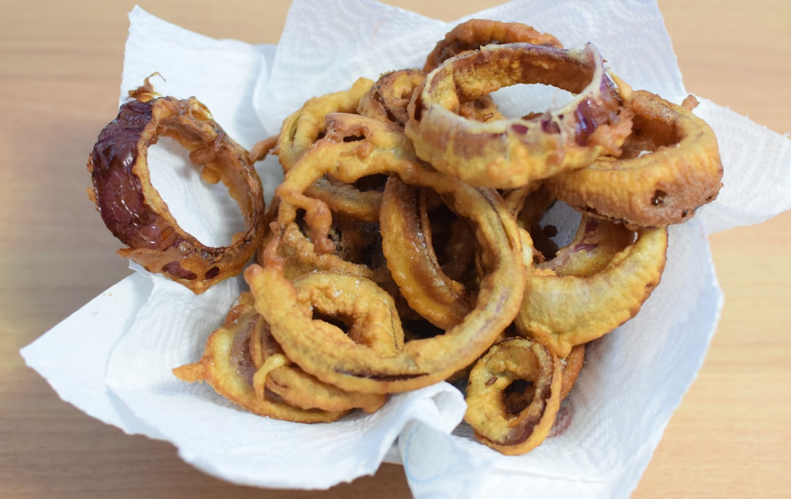 how to cut red onion rings