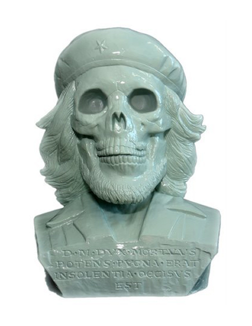 Korda image of Che Guevara as a skull sculpture by Frank Kozik