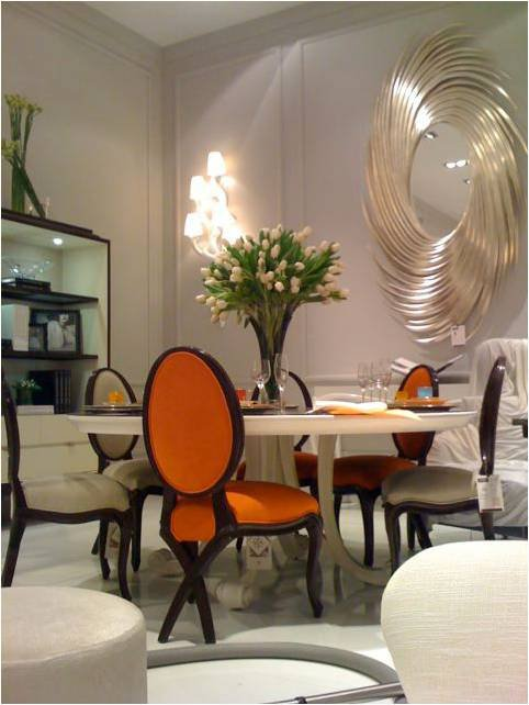 Mesa redonda para comedores pequeños... y sillas de dos colores