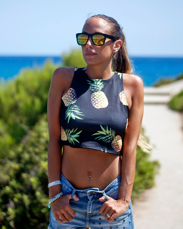 romwe pineapple crop top