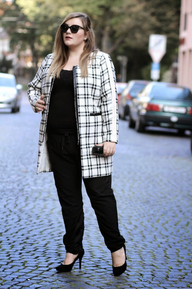Plus Size Outfit Mantel Chanel