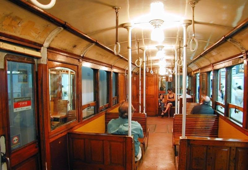 Ride on the oldest in Latin America Metro