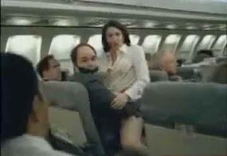 Flagra sexo no avião