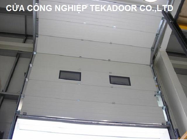 Sectional Overhead Door Cửa trượt trần cách âm cách nhiệt