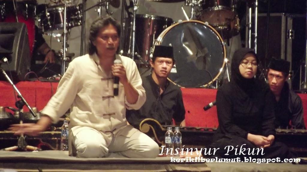 Pagelaran Kyai Kanjeng Pada Festival Tegal Boto 2013