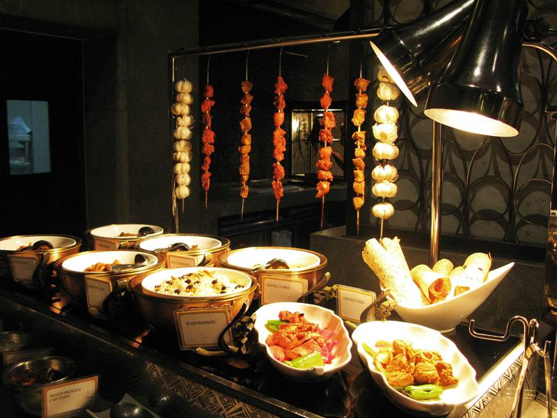 Arabian Delights Buffet at Diamond Hotel's Corniche