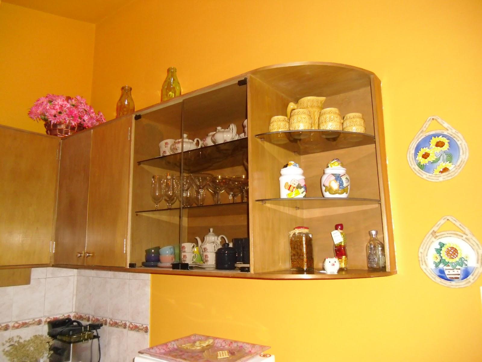 Carpinteria en general amoblamientos de cocinas for Mueble aereo cocina uruguay