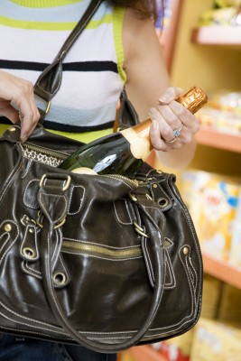 Could Elk Grove Experience More Holiday Shoplifting as a Result of Prop 47?
