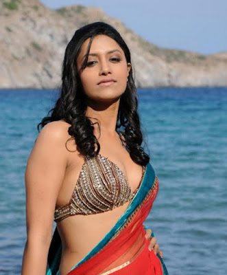 Mamatha-Mohandas-Hot-Tamil-Actress
