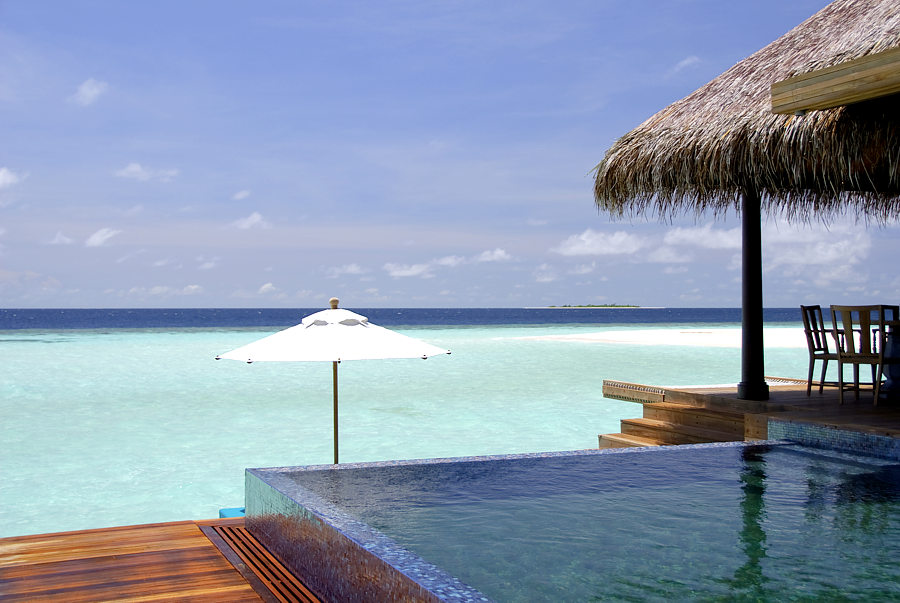 Hoteles singulares anantara kihabah villas for Hoteles super lujo maldivas