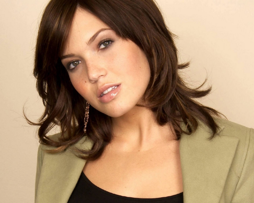 Mandy Moore Beautiful Hollywood Actress 2012 Photos Gallery Wallpapers