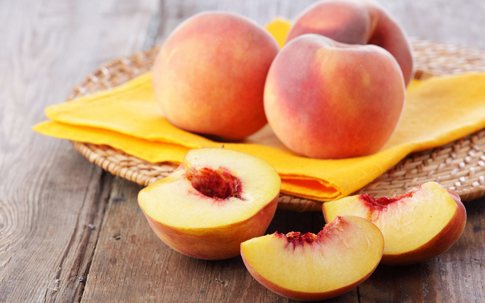 peach fruit are apples fruits