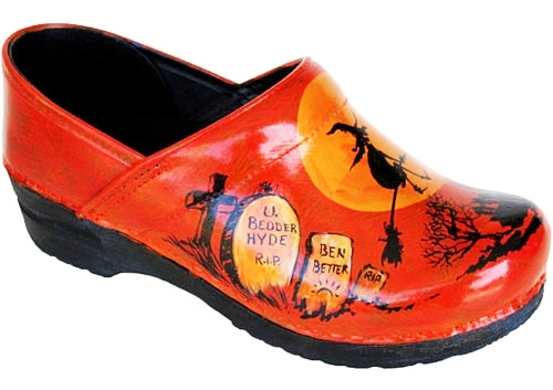 Hand Painted Clogs Design